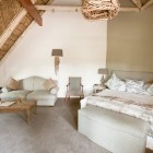 wedgeview-country-house-and-spa-stellenbosch-honeymoon-suite-9