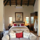 wedgeview-country-house-and-spa-stellenbosch-honeymoon-suite-6